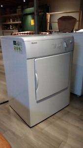 Blomberg dryer
