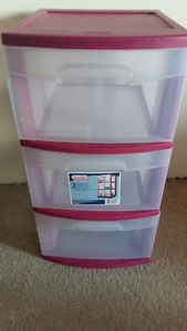 Rubbermaid 3 Drawer Container