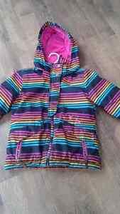 Manteau pour fille pour le printemps 7 ans