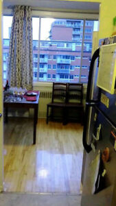July 1 OR Aug 1 lease available for 3 1/2 apt in NDG. west MTL
