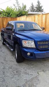 2010 Dodge Dakota SXT Pickup Truck
