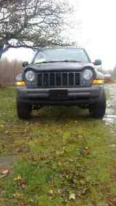 lifted 2006 Jeep Liberty 4x4 LOW KM,S