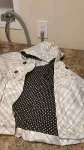 Excellent condition fall/winter /rain jackets  London Ontario image 3