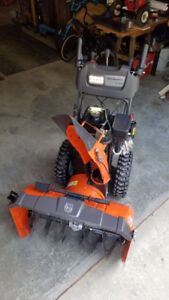30 inch 300 cc brand new snowblower