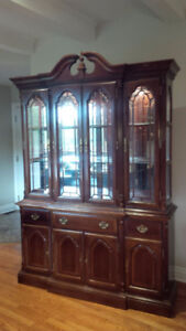 """Large Dining Room Set  """"Cherry Wood"""" Excellent condition"""