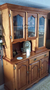 Maple China Cabinet Windsor Region Ontario image 1