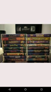 19 Cassettes VHS films Disney Movies