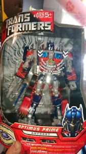 TRANSFORMERS MOVIE 2007 LEADER CLASS OPTIMUS PRIME