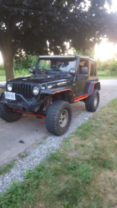 2003 jeep wrangler tj lifted on 33s