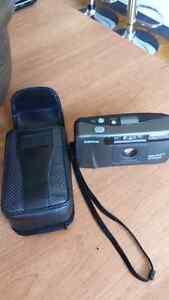Ancien appareil photo a film 34 mm