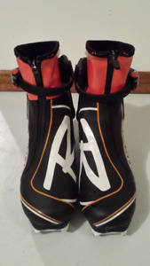 Rossignol  X-10 Skate Cross Country Boots - Size 38