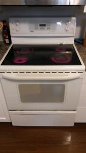 """Kenmore 30"""" ceramic top stove /range"""