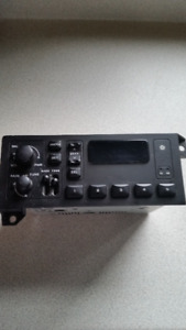 OEM Dodge / Chrysler Stock Radio