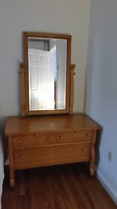 Antique 3-drawer Dresser with Large Tilting Mirror.