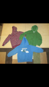 Gymboree boys sz 3/3t sweaters