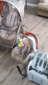 Graco stroller, car seat and base for sale
