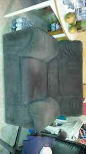 arm chair sofa Kitchener / Waterloo Kitchener Area image 2