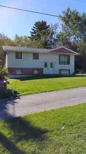 HAMPTON DUPLEX FOR RENT $775.00 MONTHLY