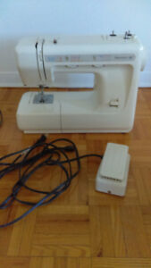 Sewing Machine Kenmore 12