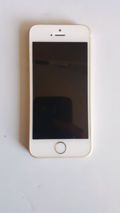MINT Condition iPhone SE 16 GB + Otterbox