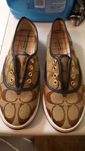 Authentic Coach loafers size 5 women's