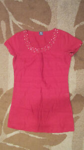 RED and GOLD Indian / Pakistani Kurti Tunic, SIZE S --- LIKE NEW