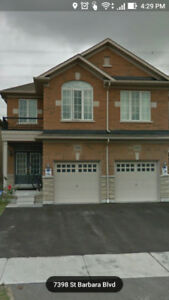 Four Bedroom semi house for rent in Mississauga