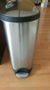 Simplehuman Butterfly Stainless Steel step can