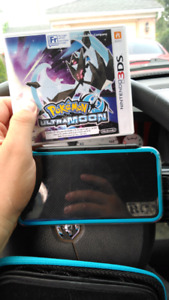 2DS XL with pokemon ultra moon