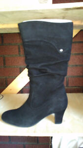 Blondo Suede Boots size 9