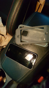 IPhone 5s - Telus w/ lifeproof case
