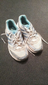Women's Shoes - Adidas Size 7