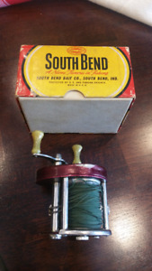 SOUTH BEND 780 FISHING REEL AND ORIGINAL BOX  ANTIQUE VINTAGE