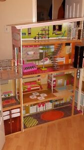 magestic mansion doll house