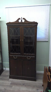 Goliath Style Table With 8 Harp Back Chairs and China Cabinet Kitchener / Waterloo Kitchener Area image 5