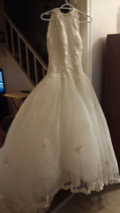 Wedding dress size 12 runs small