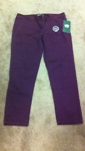 NWT-Roots Pants Size 10