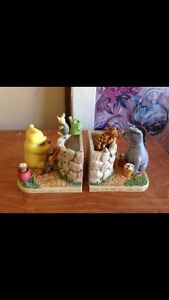 Winnie the Pooh  book ends