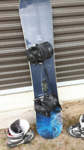 Board . boots. Bindings. Peterborough Peterborough Area image 1