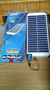 40w, 12v Crystalline Solar Panel Kit with Stand