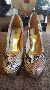 Womens high heel shoes size 6