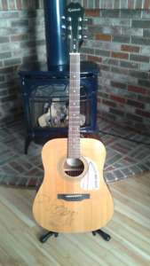 Epiphone DR-100 signed by Dallas Green