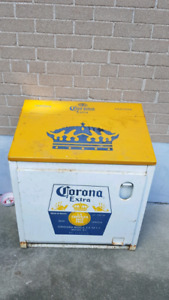 Corona outdoor cooler