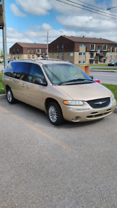 Town & Country 1999 181,000kl