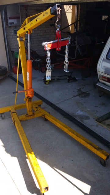FOR HIRE  ENGINE CRANE WITH LEVELLER | Other Tools & DIY
