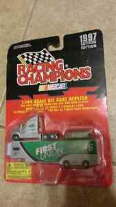 1:144 scale diecast nascar transport and car