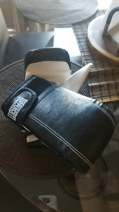 Beginners boxing mits for cheap!