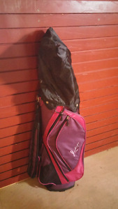 Selling golf bag and some clubs