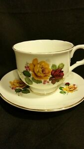 Sadler Wellington Fine Bone China - Tea Cup and Saucer Belleville Belleville Area image 3