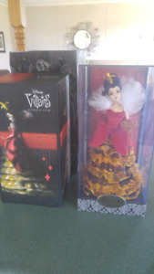 Retired Disney Designer Villians Doll - Queen of Hearts